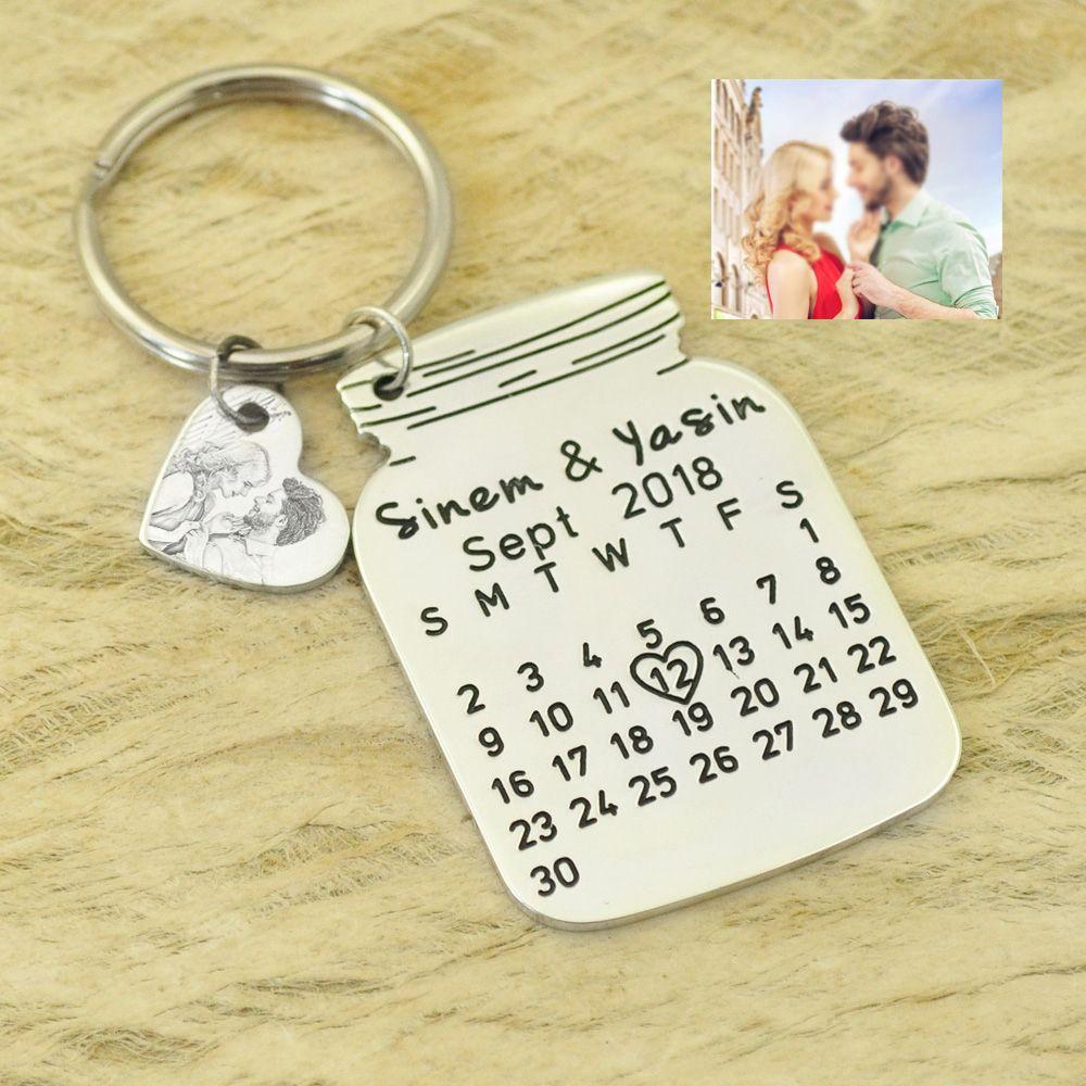Personnalisé Calendrier Porte-clés spécial date Coeur Keychain Anniversaire Cadeau