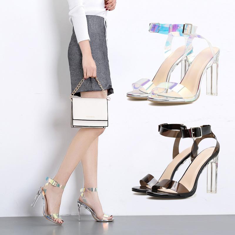 Impressed2019 Şeffaf Yıl Yapışkan Parça Sandalet Kadın Kristal Kaba Yüksek topuklu 40 Ile Kod Olacak kadın Ayakkabı