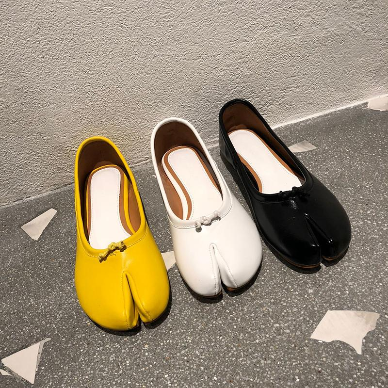 밧줄 매듭 평평한 발 뒤꿈치 게으른 신발 여성 서양 새 디자이너 로퍼 미끄러짐 아파트 돼지 발굽 분할 발가락 Tabi Ninja 봄 / 가을 아파트