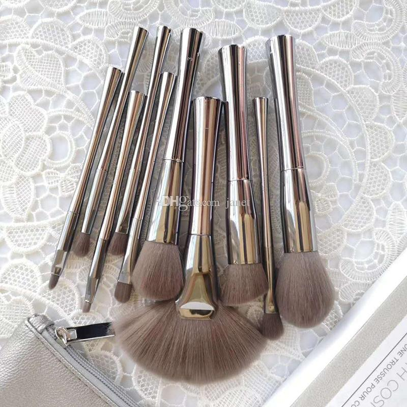 B Cosmetics SMOKE ' N MIRRORS 10 piece brush set with Cosmetic bag Professional Makeup Brush Kits