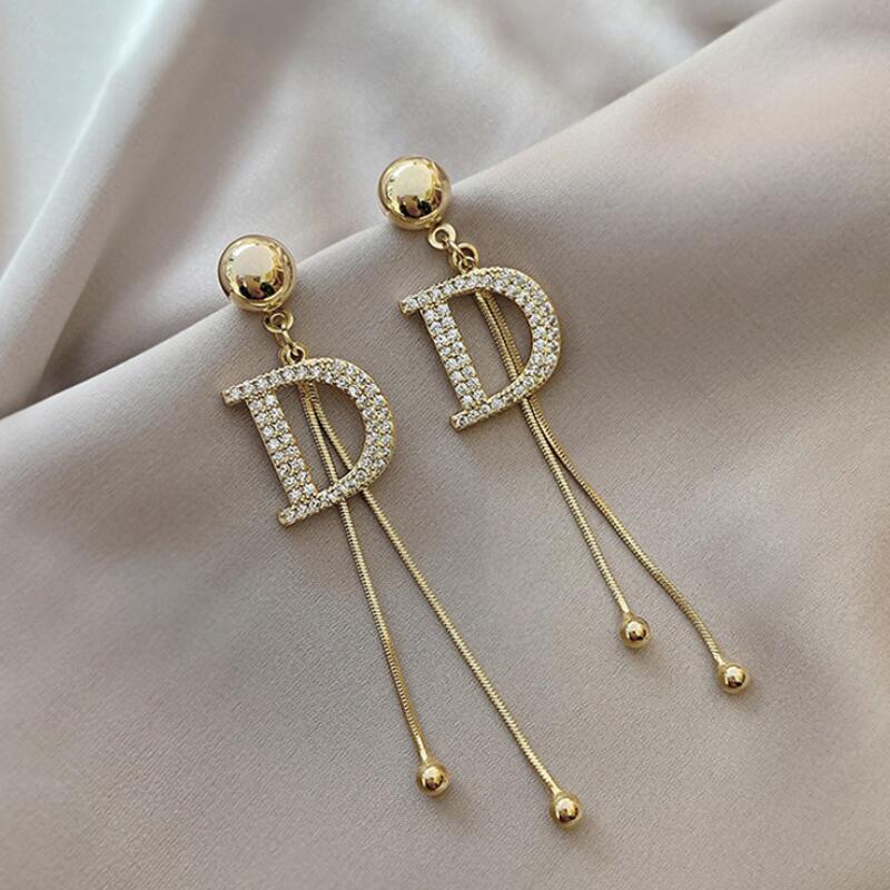 925 바늘 고품질의 편지 귀걸이 여성 한국어 패션 기질 성격 귀걸이 2020 새로운 물결 귀걸이 생일 선물