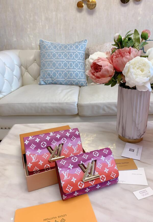 Vente chaude Marmont Sacs à bandoulière femmes sac à main chaîne bandoulière New Designer Sac Femme en cuir coeur style message Sac A06 de haute qualité