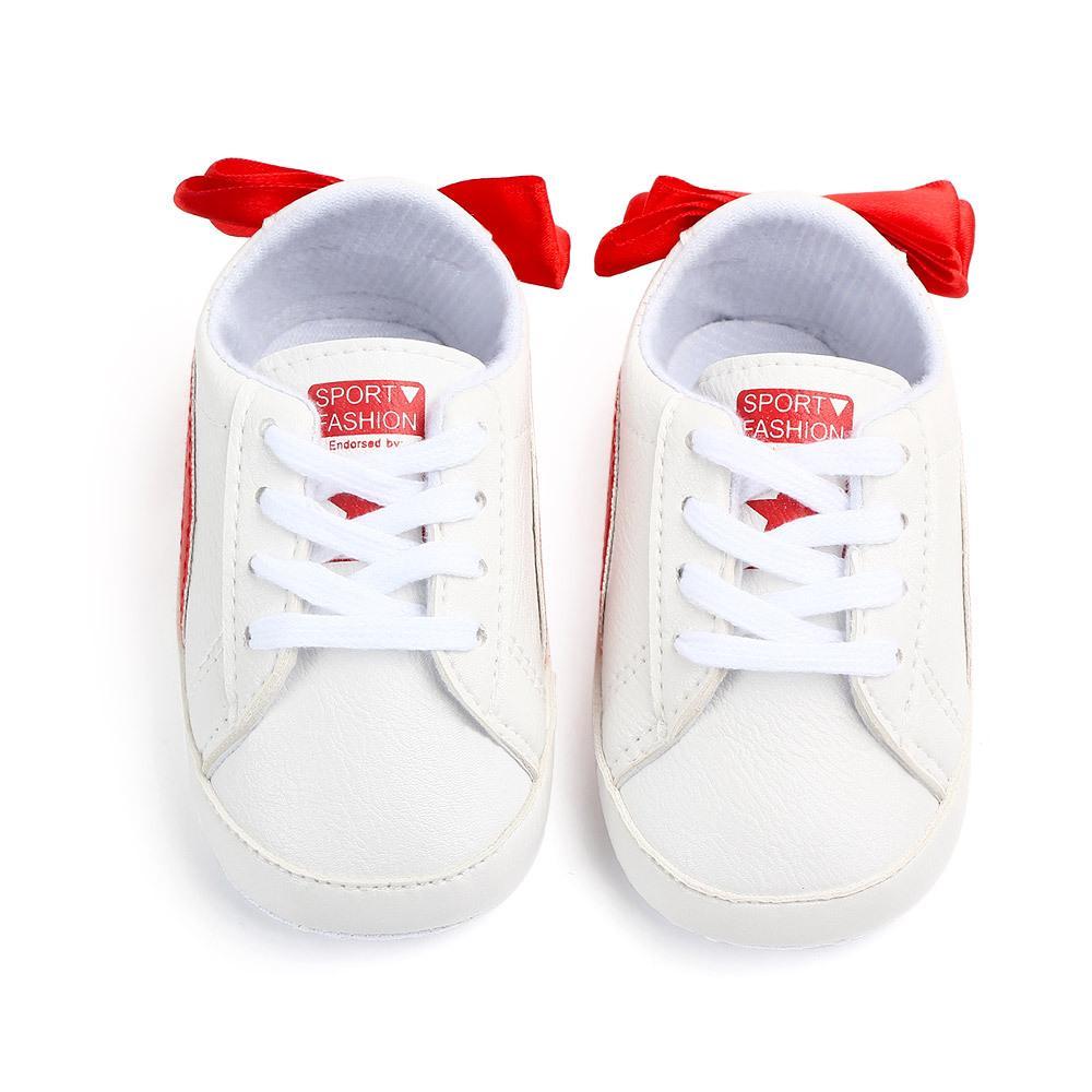 Babyschuhe Neue Herbst / Frühling Neugeborene Jungen-Mädchen-Kleinkind-Schuhe PU-Leder-Baby-Mokassin-beiläufige Turnschuh-0-18M