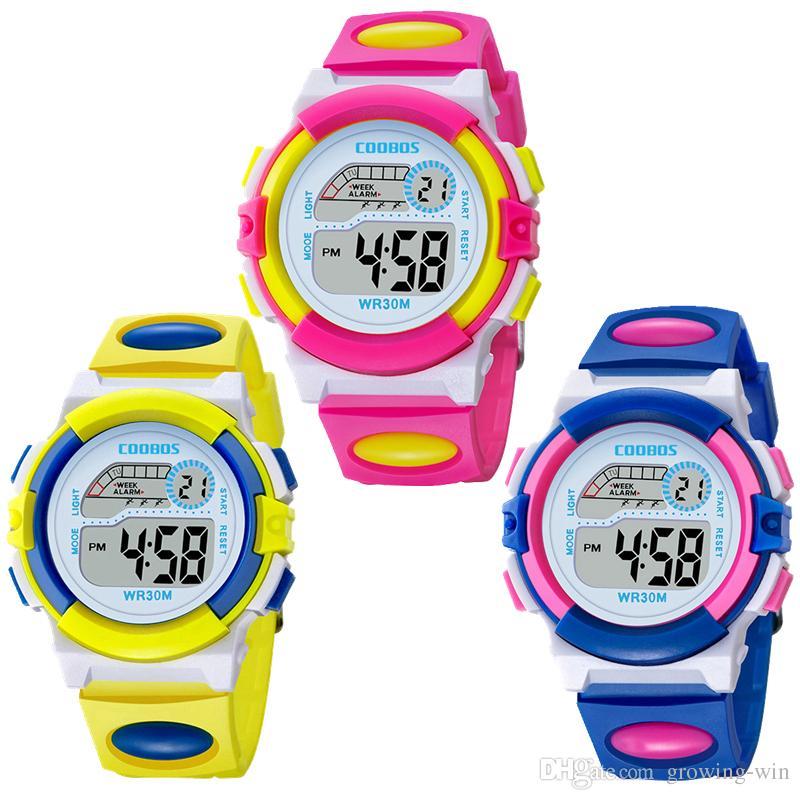 Bunter Entwurfsmode-Mädchenjungensport führte elektronische Multifunktionskindergeschenkparty der Digitaluhr COOBOS 0916 scherzt Uhren