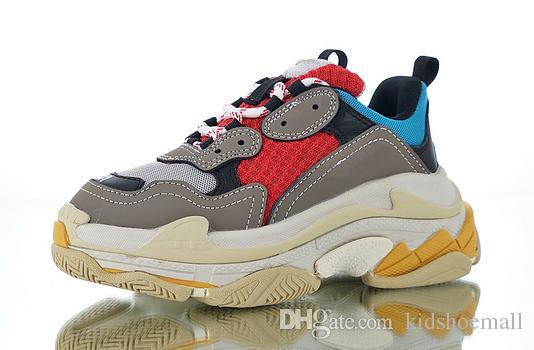 Kutu Çocuk Triple S Lüks Tasarımcı Casual Ayakkabı Erkekler Kızlar Platformu Çocuklar Sneakers Genç Kalın Soled Bebekler Doğum Hediye 28-35 ile