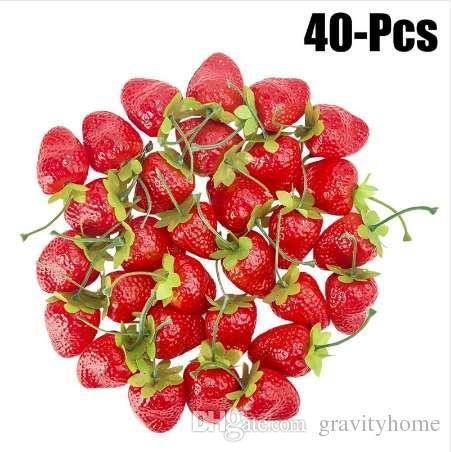 Nuevas fresas artificiales realistas frutas falsas frutas decorativas para la fiesta decoración de escritorio de cocina