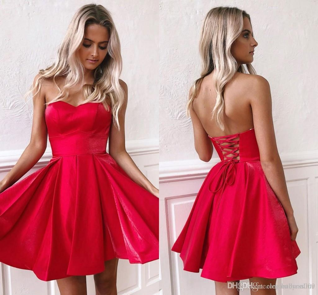Cheap Red Short Homecoming Dresses Little Strapless Backless Lace-up Knee Length Satin Mini Cocktail Party Prom Gowns Custom Made