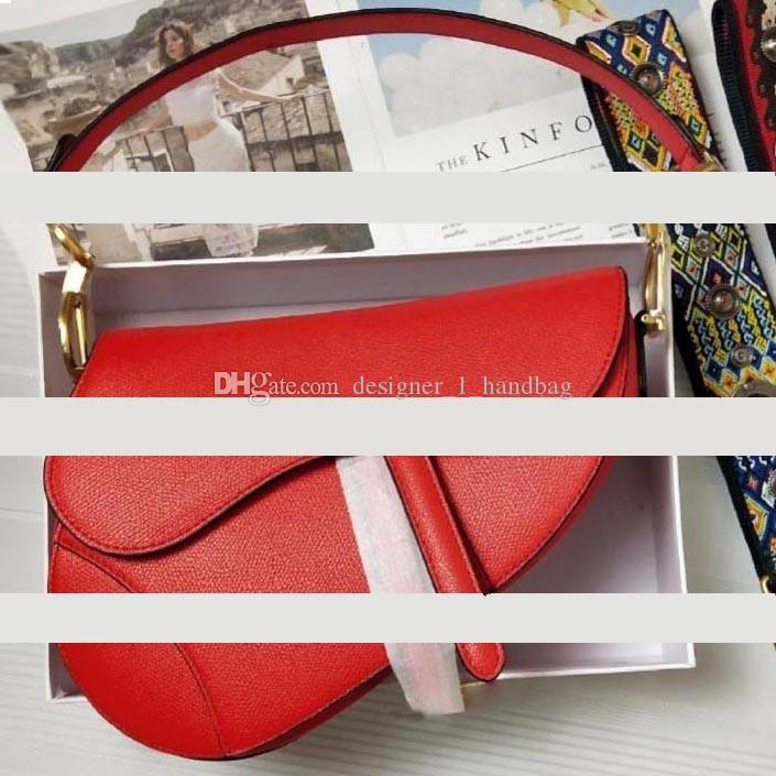 Neue Mode Klassische Damen Umhängetasche Satteltasche Mode Metall Brief Handtasche Stil Tolles Zubehör mit Box