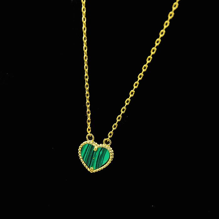 Wholesale- Simple and sweet heart shaped with natural stone plated 18K golden peach heart shell agate malachite Love necklace