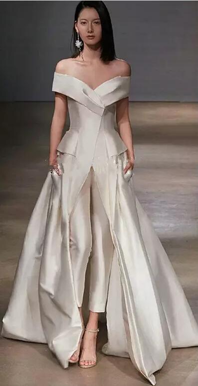 Vestiti Bianchi Eleganti.Acquista Tuta Da Donna Elegante Con Treno Lungo Staccabile Abiti