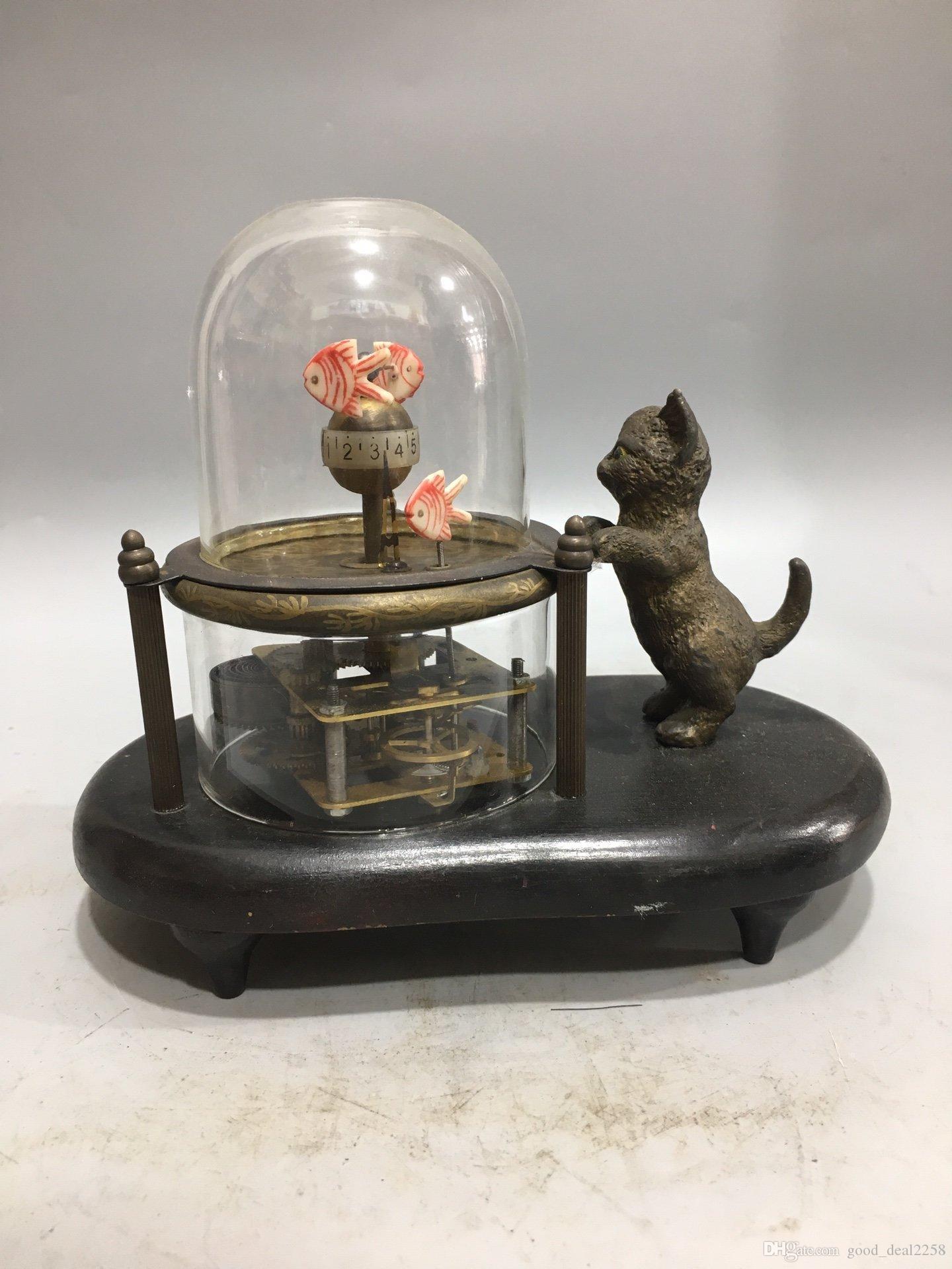 Old Cruated Cuivre Fait main Sculpté Fish Cat Mechanical Clock