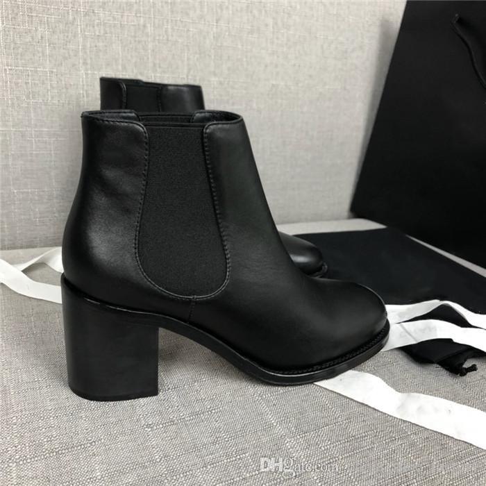 Botas de cunha de couro preto para mulheres, Bota no tornozelo em pele de novilho Patentes em couro de bezerro Botas de salto alto para mulheres Sapatos Martin Tamanho 35-40 Com caixa
