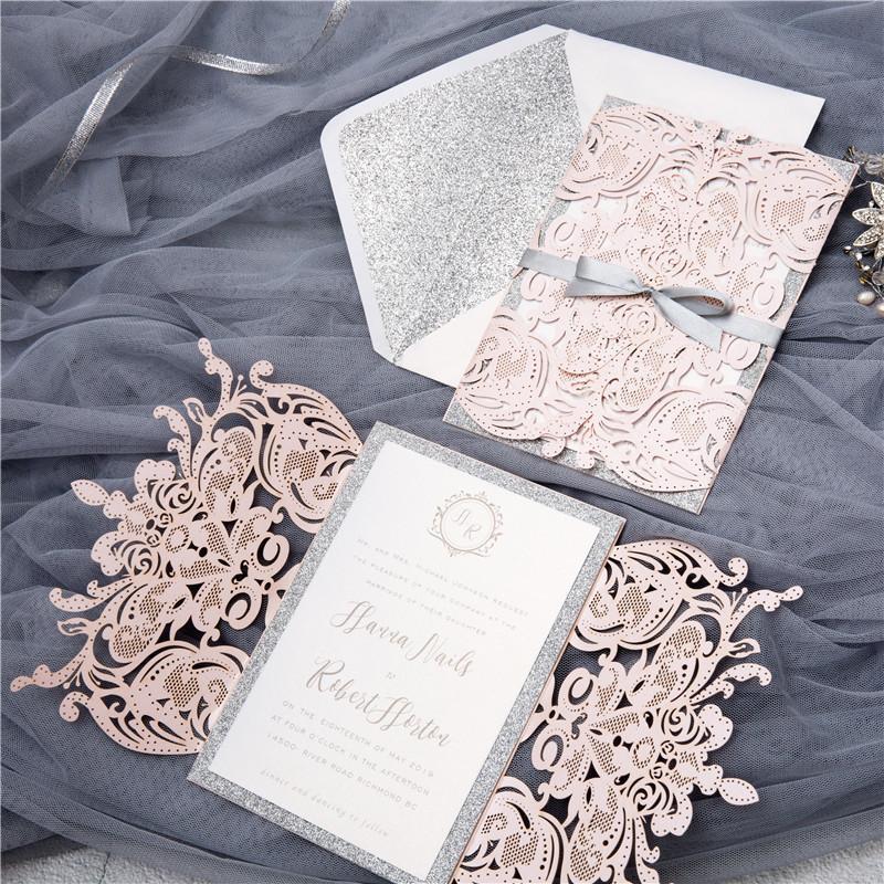 (50 teile / los) europäische helle rosa hochzeitseinladungskarte laserschnitt floral hochzeitskarte glitzernde engagement taufe einladungen