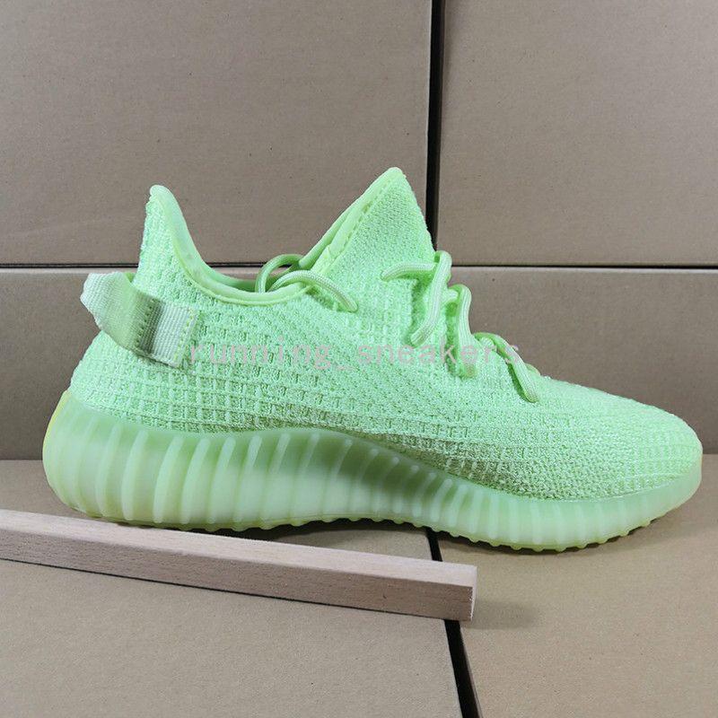 Nuovo Yecheil Cloud White Citrin Kanye West Mens Sport pirata nero statici argilla Womens Running Shoes Sneaker Arthur