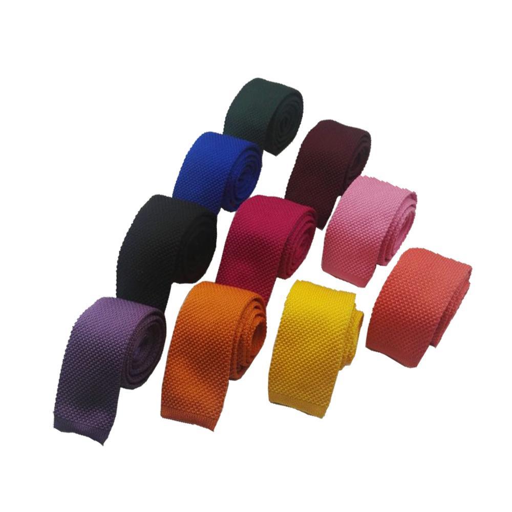 lazos de punto 2020 de la moda para los hombres delgado de 5,5 cm sólido Negro Blanco Gris Azul Borgoña de punto de unión