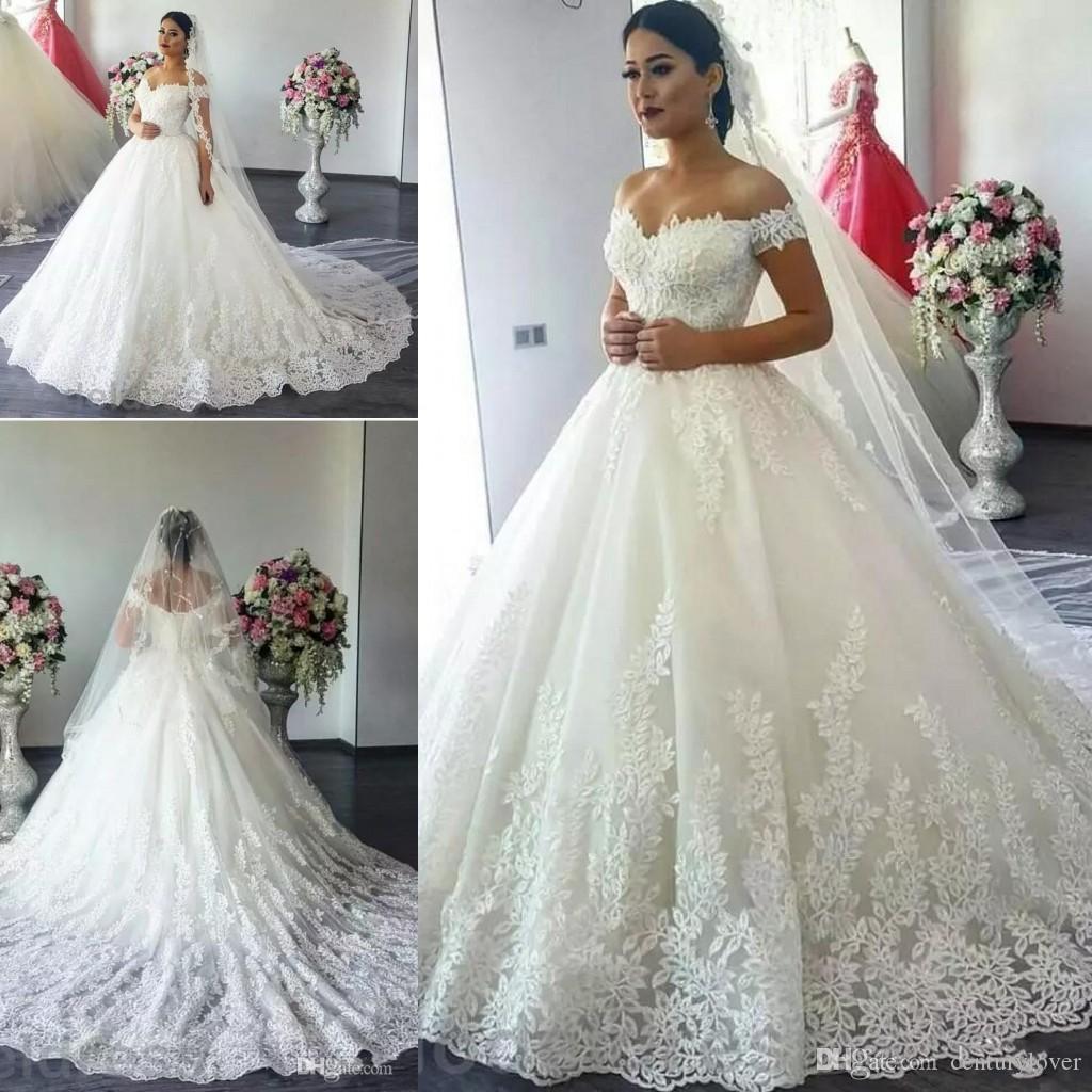 New Modern Arabic Dubai Ball Gown Wedding Dresses Off Shoulder Lace Appliques Open Back Plus Size Court Train A Line Formal Bridal Gowns