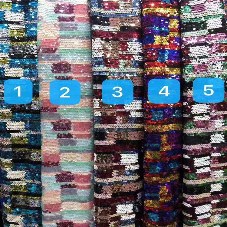 Fondo della maglia di colore brillante Paillettes Tessuto Ricamato Delle Donne E Dei Bambini Abbigliamento Gonna Abito Da Sposa tessuti da ricamo