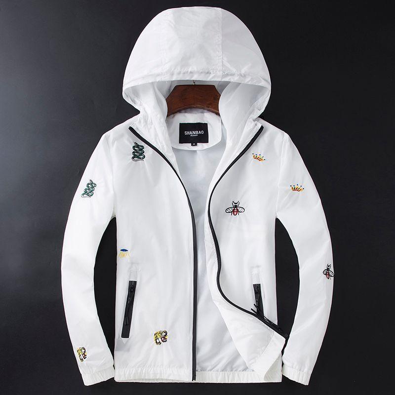 White Men Veste à capuche US Grand Designer Marque Automne Serpent broderie Veste homme avec chapeau d'extérieur Manteau mince 4XL 5XL 2106