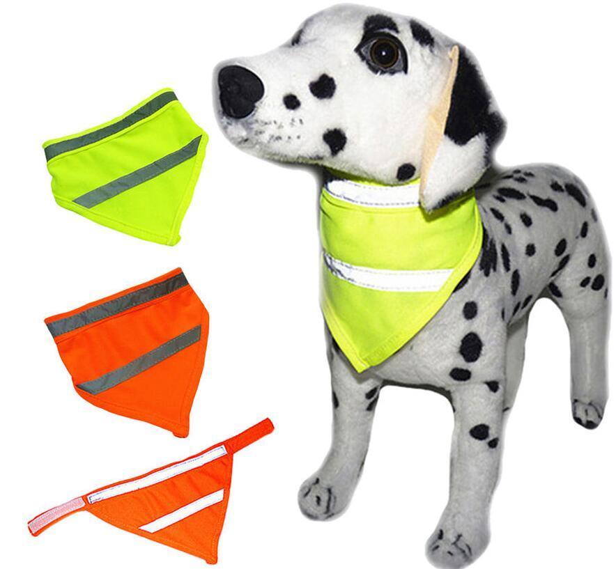 Dog écharpe Refletindo Neon Pet Bandana cachecol triângulo ajustável Dog Pet Cat Bandana lenços Small Medium Large Toalha Dog babadores LSK69