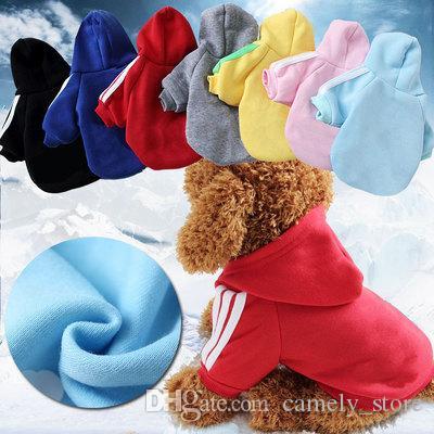 Forniture all'ingrosso maglione dell'animale domestico vestiti del cane Sport Serie Pet felpe Pet Abbigliamento autunno e l'inverno morbido cappotto