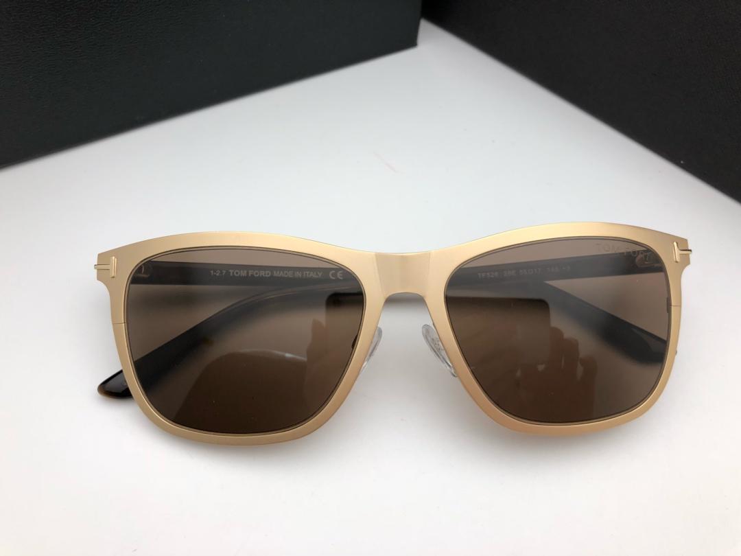 All'ingrosso-526 caldo degli occhiali da sole donne del progettista di marca di marca degli uomini degli occhiali da sole del rivestimento del retro di modo Occhiali da sole