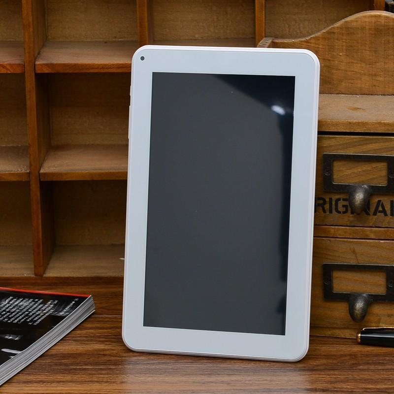 9 inç 800 * 480 Allwinner A33 Dört Çekirdek F900 Tablet PC Android 4.4 512 RAM 8G ROM çift kamera 0.3M Bluetooth USB OTG