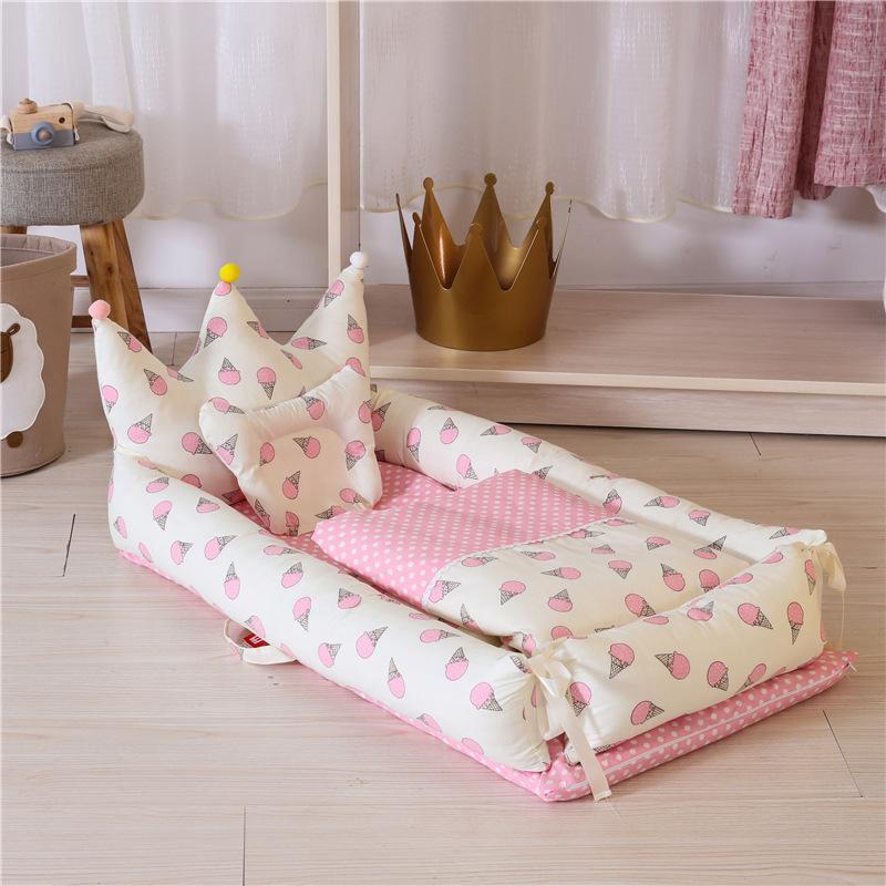 Cuna portátil en la cama lavable Modelado Corona con edredón del bebé biónico cuna al sueño Artefacto