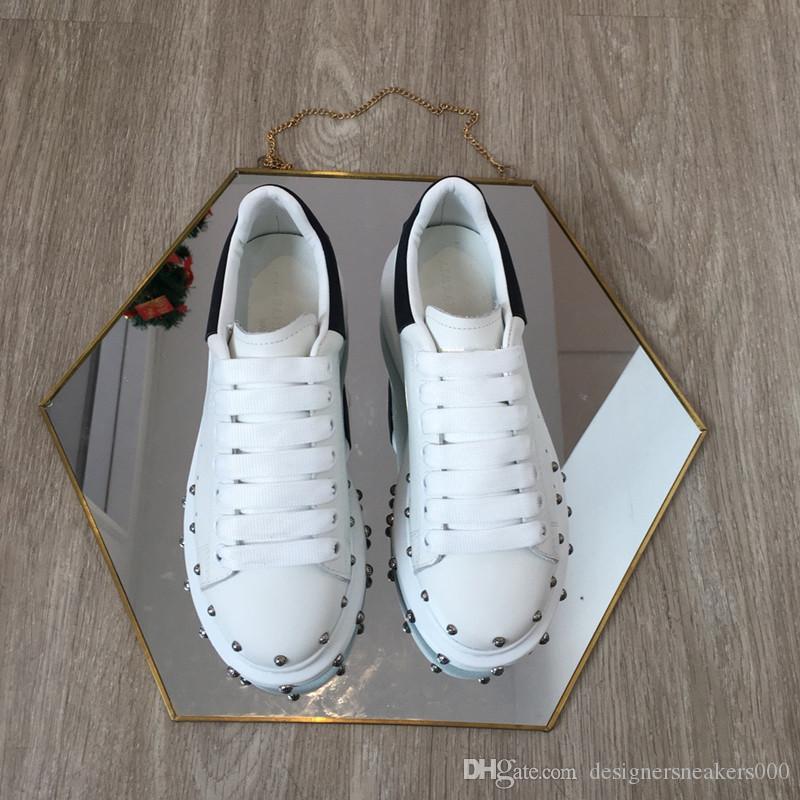 2019 Marka Moda Lüks Tasarımcı Kadın erkek Beyaz Rahat ayakkabılar kırmızı bayan erkek Low Cut Deri Düz Tasarımcılar Spor sneaker xxd19040104