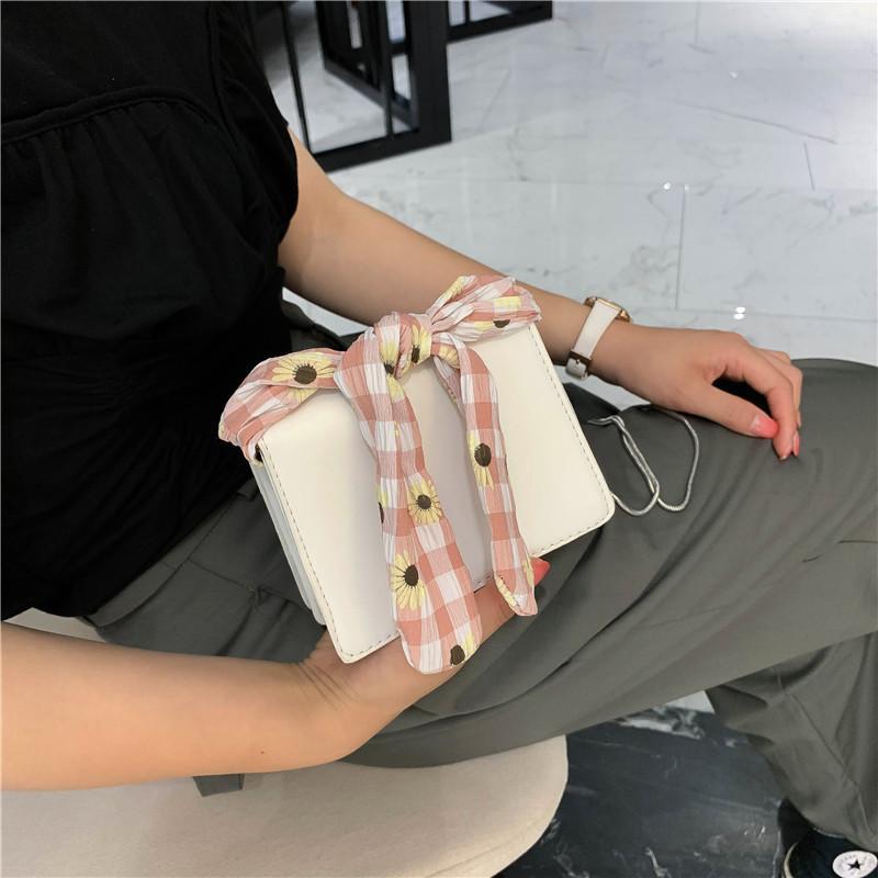 вскользь корейская версия 2020 нового мешок плеча женщин мини Crossbody сумки небольших свежей шарфа