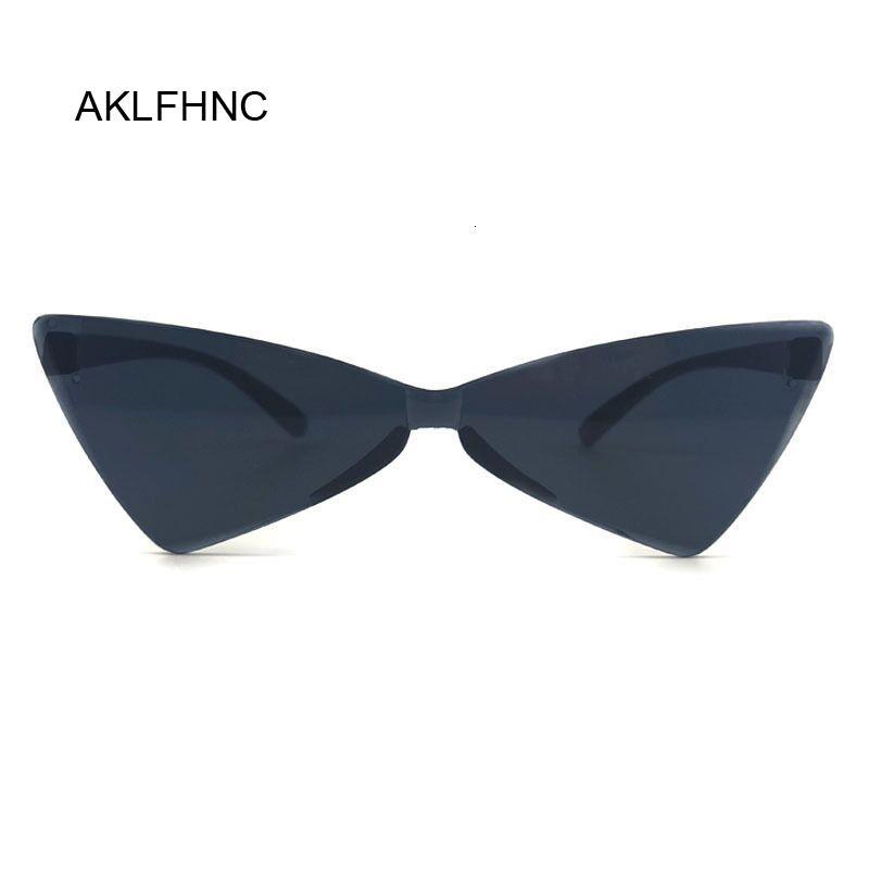 Le donne Cat Eye Sunglasses marca sexy del progettista Piccolo Triangolo Vintage Occhiali da sole Retro Cateye Eyewear Viola Nero Sunglass