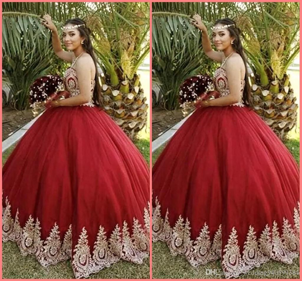 2019 New Borgoña Quinceañera se viste del encaje del hombro Applique Ball vestido Sweet 16 Quinceañera Vestidos Dorado Lace Piete Party Dresses