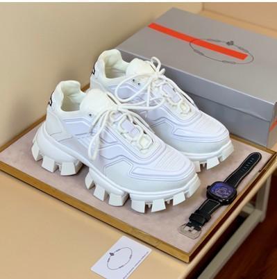 2019 Fashion mens designer shoes Cloudbust Thunder men basketball platform triple Sneaker vintage Casual men sock Shoes Outdoor Trainers566