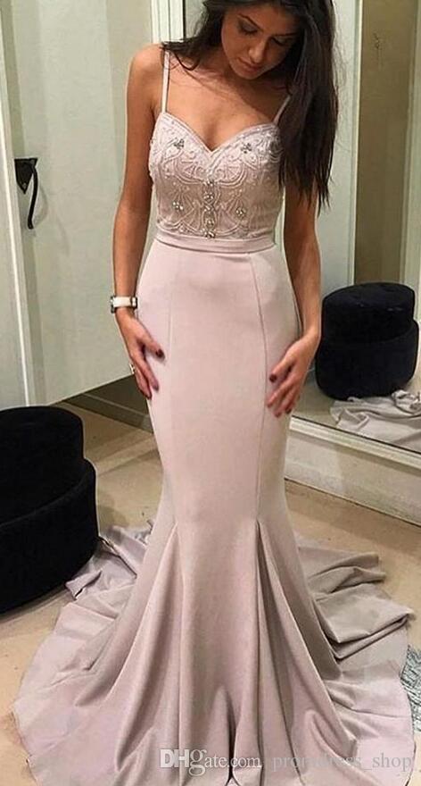 저렴한 새로운 우아한 공주 이브닝 드레스 V 목 스파게티 민소매 지퍼 기차 레드 카펫 드레스 댄스 파티 드레스를 스윕