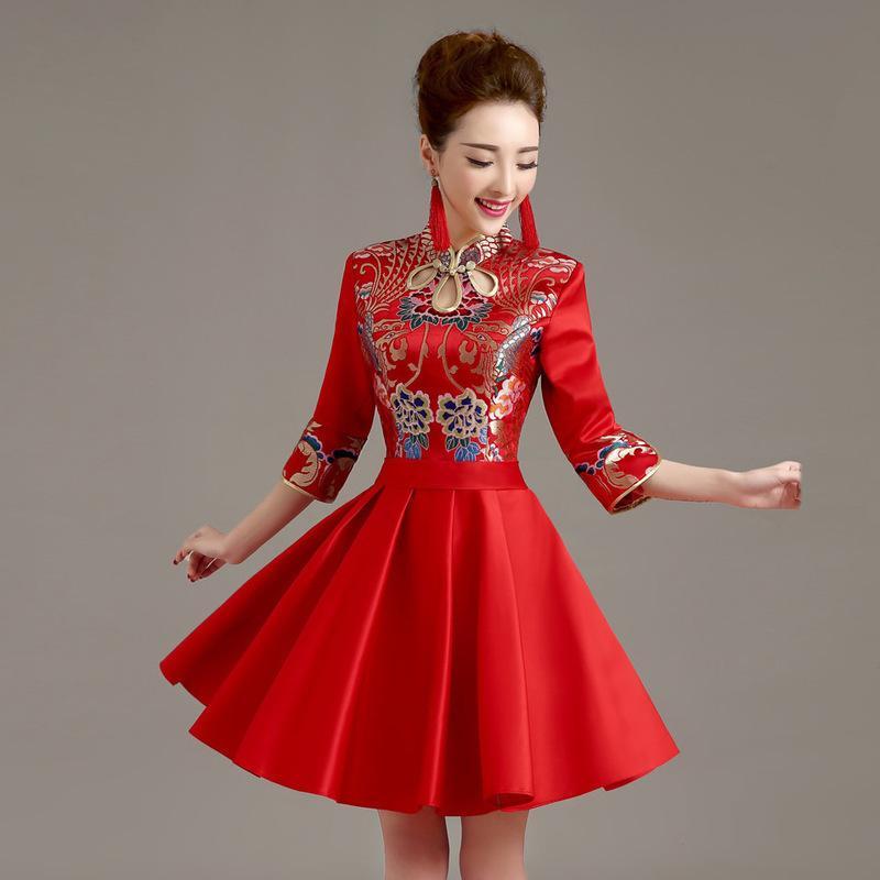 Vintage Cheongsam Elbise Gelin Düğün Qipao Kısa Modern Çince Geleneksel Elbise Kırmızı Qi Pao Vestido Oriental Stil Elbiseler