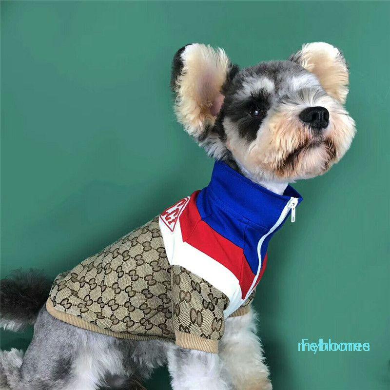 Logotipo lindo sudaderas con capucha para mascotas nuevo estilo Carta completa del gato del perro sudaderas con capucha del diseño popular Ropa del animal doméstico (el mismo vestido de las mujeres Venta On Line)