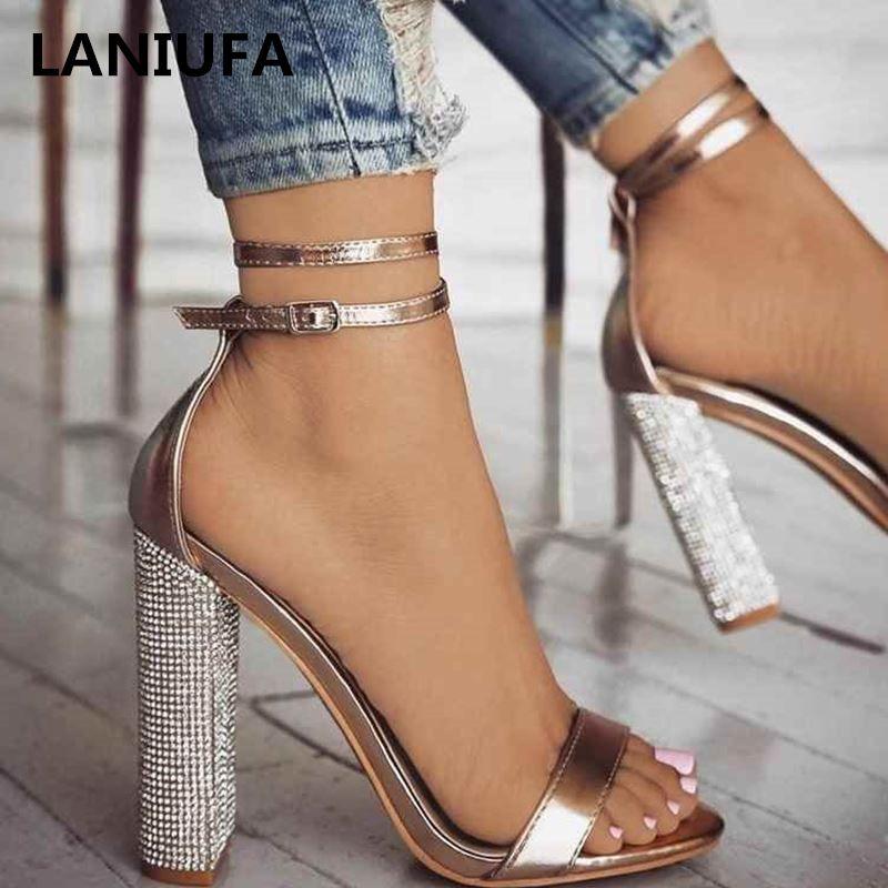 Ankle Strap nuove donne con tacco Sandali Bandage Strass Pumps Super High Heels Heels quadrati vestono signora Shoes più il formato 34-43 21