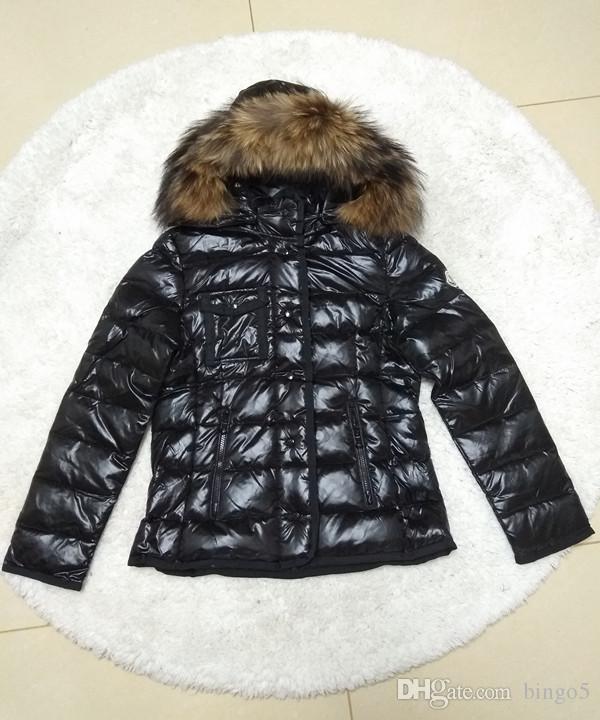 Casaco quente de marca Mulheres Winter Fox Fur Branco Duck Down Jacket Designer Lady Zipper curto com capuz Inverno Casacos