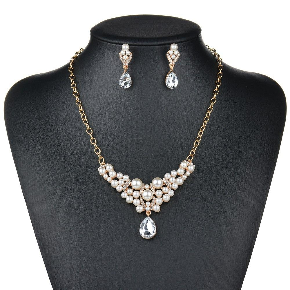 CREAM GLASS  PEARL /& RHINESTONE NECKLACE  WITH  EARRINGS  AND BRACELET