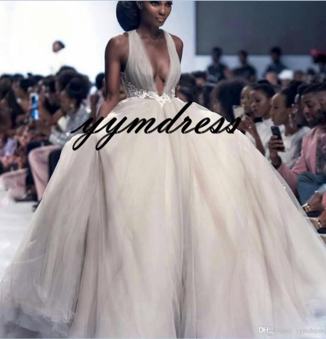 Robes de Mariée 2019 Modeste Jardin A-ligne Détail Superbe église Dubaï arabe nuptiale DressWedding robe col V profond Tulle Backless