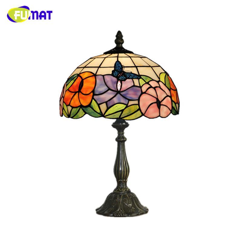 FUMAT Lámpara de mesa de cristal manchado LED Flores de mariposa Lámpara de sombra de vidrio Sala de estar del hotel Lámpara de noche Decoración para el hogar Lámparas