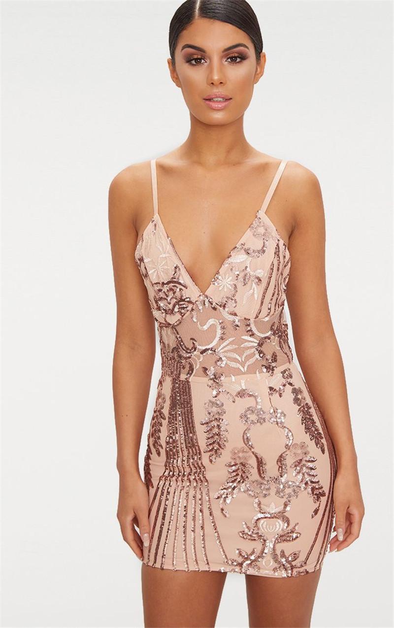 Femmes Solid Designer Imprimer bodycon Robes Mode Mesh lambrissé couleur naturelle Robes sexy col V manches Sheer robes