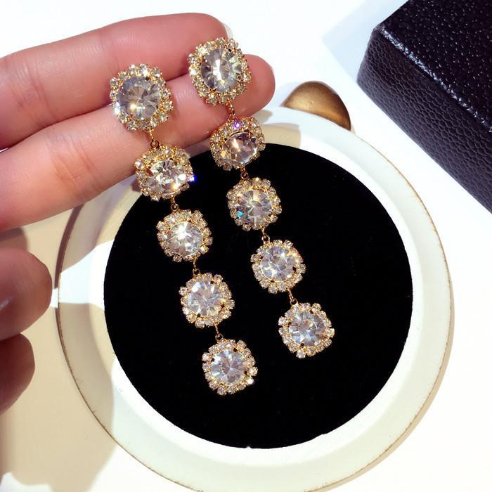 Al por mayor-nuevo diseñador de complementos de lujo diamante del diamante artificial circón exagerada para lámparas de techo cuelga los pendientes del perno prisionero de la mujer para niñas