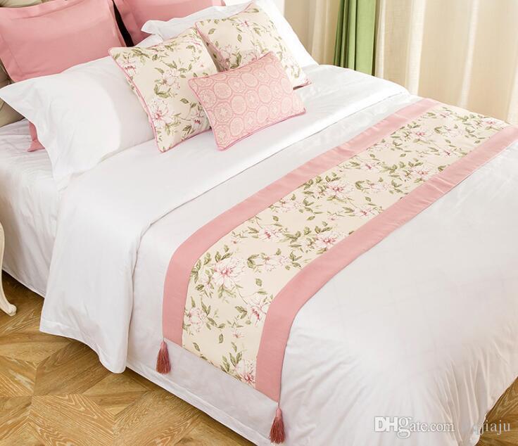 미국 목가적 인 소녀 핑크 꽃 그라스 홈 패브릭 소프트 장식 홈 호텔 리넨 침대 꼬리 수건 침대 깃발 침대 커버