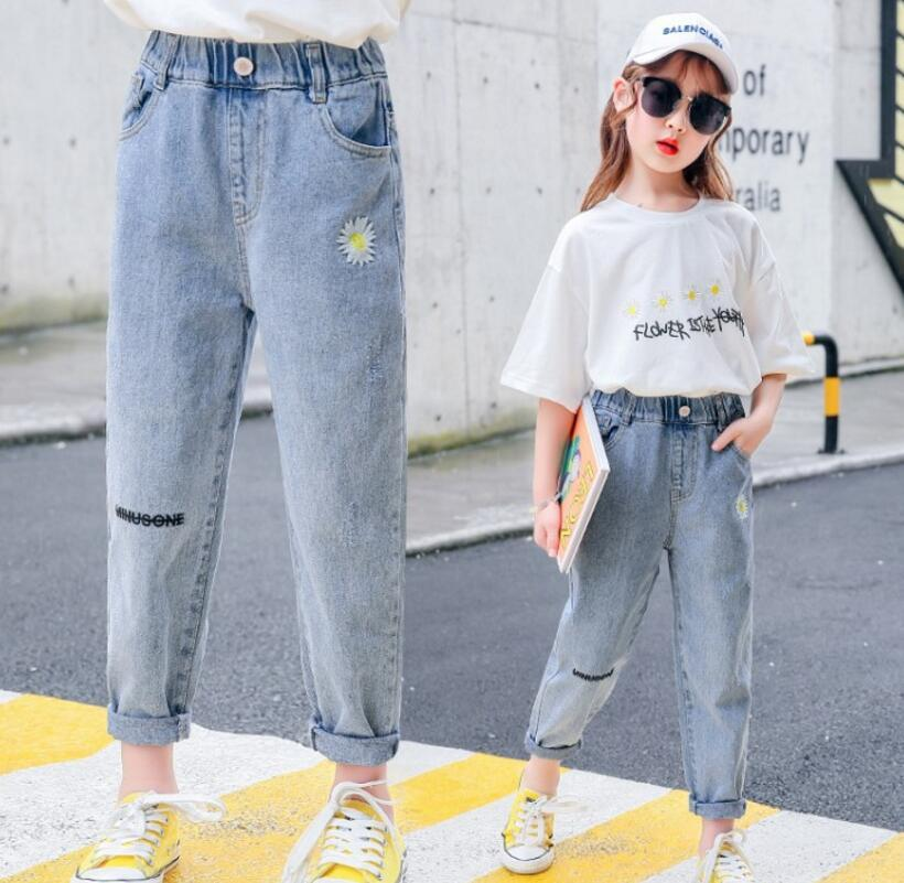 Children's clothing girls spring and summer jeans Zhongda Tong 2020 new style thin Capris children's pants wholesale trend
