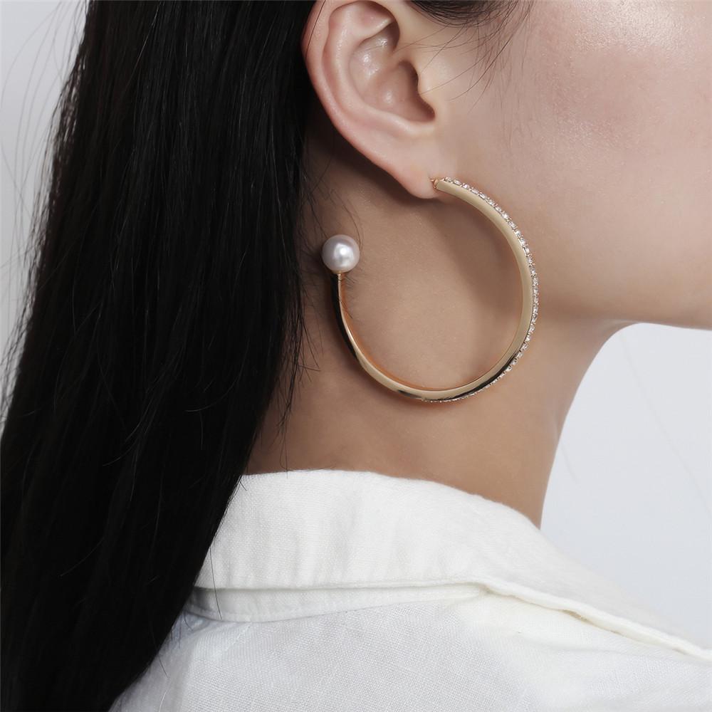Letter C Ohrringe hoopla Los Kristallrhinestone-Band-Perlen-Dekoration Art und Weise Partei Schmuck-Kleid-Zusatz FJ215-2