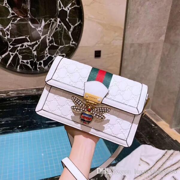 Nueva bolsa de primavera y verano 2020 hombro de las señoras de la moda bolsa de mensajero clásica 23cm tamaño bolso de la manera cartera
