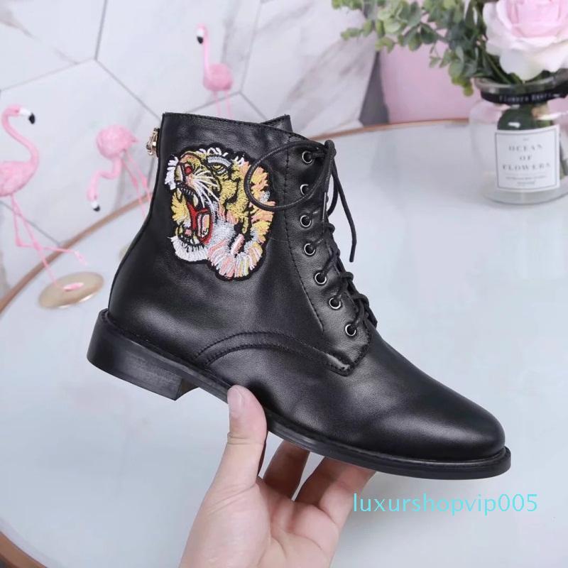 핫 Sale- 여성 신발 패션 영국 부츠 라운드 토 마틴 부츠 버클 스트랩 땅딸막 한 발 뒤꿈치 라운드 발가락 패션 놓은 발목 부츠