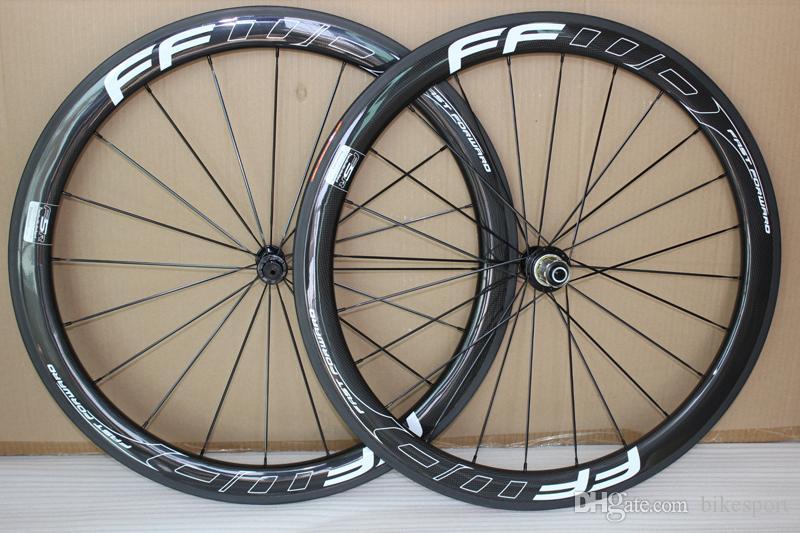 Plein 700C Route Carbone Pneu vélo Roues vélo 50 mm Roues 3k Matte Basalte frein Surface