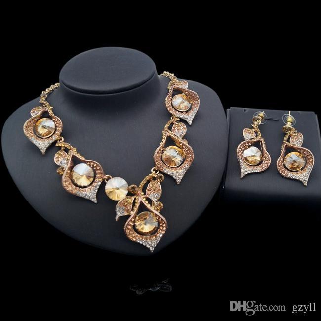 YULAILI Mode Boucles d'oreilles Nidies indiennes Collier Ensemble Dubaï Luxe Crystal Mariage Ensembles de bijoux de Costume d'or