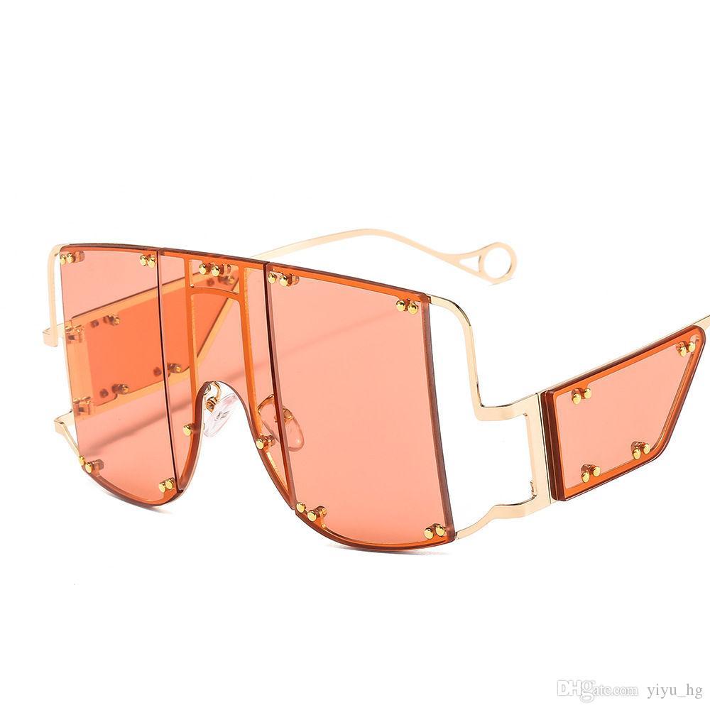 Sunglasses de cadre métallique surdimensionné Femme Vintage lunettes personnalité Hommes Square Punk Riri Sun Femmes Lunettes de soleil rétro ILTFB